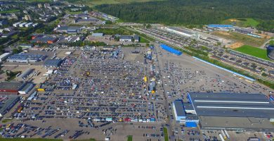 Kaunas car market with the eyes of the birds
